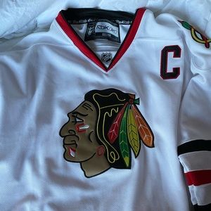 Authentic Jonathan Toews jersey
